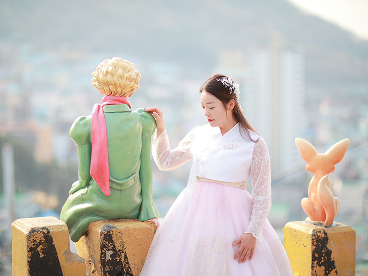 Hanbok  Cultural Experience in Busan Gamcheon Viliage