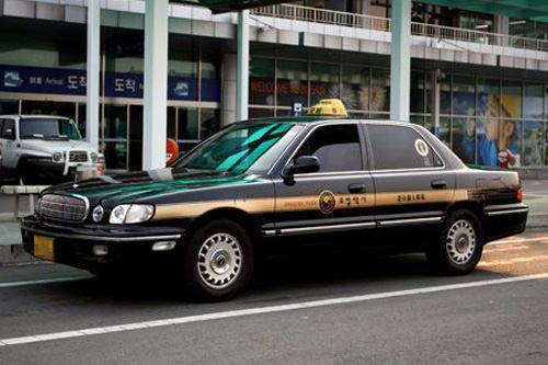 模范出租车