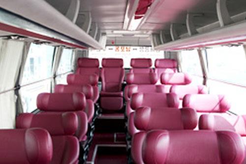 宽敞的3列座席