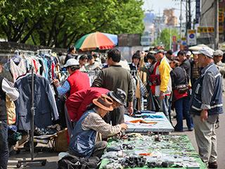黄鹤洞跳蚤市场