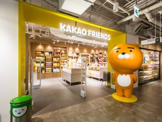 KAKAO FRIENDS STORE 明洞乐天YOUNG PLAZA店